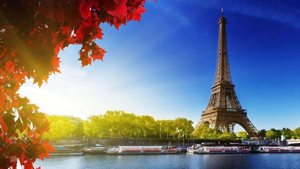 Paris là nơi tuyệt vời để thăm quan cùng bạn bè
